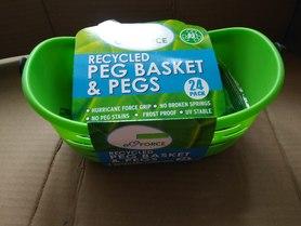 Klamerki do ubrań z koszykiem z recyklingu 24 szt.
