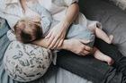 Karmiuszka - niezwykła poduszka do karmienia (2)