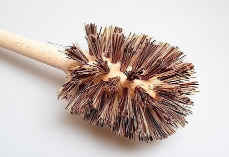 Szczotka drewniana do WC - union (2)