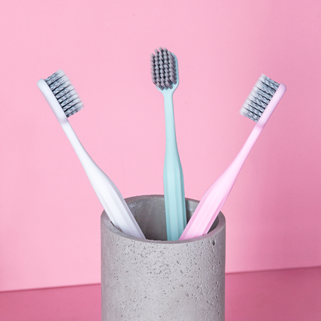 Szczoteczka do zębów, z PLA, włosie średnie, kolor rączki do wyboru (1)
